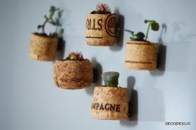 DIY creation: cork magnet to decorate your fridge